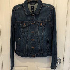 Gap jean denim jacket medium looks brand new